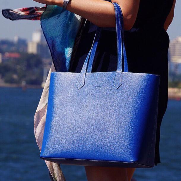 Итальянские сумки и рюкзаки из натуральной кожи. Купить брендовую ... cd5c6229d7d